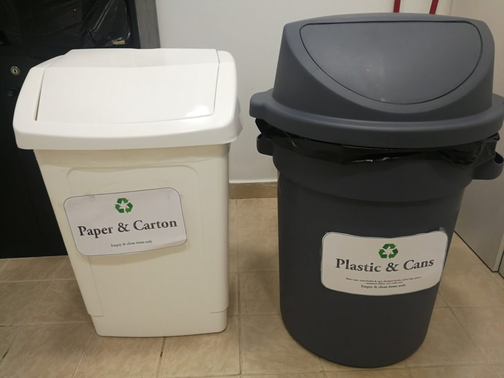 "BMB starts recycling again and helps ""L'Ecoute"" Association."
